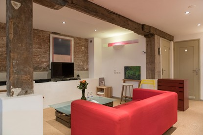Traditional Canal House short stay apartment Amsterdam