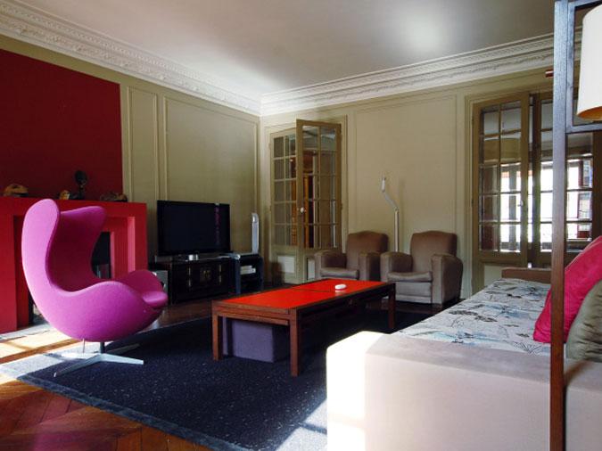 Funky Paris Short Stay Rental Apartment